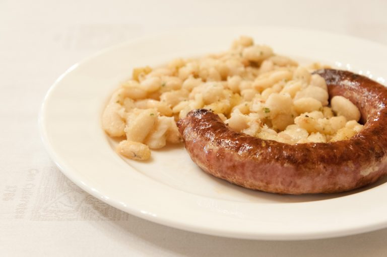 Pork sausage with white beans